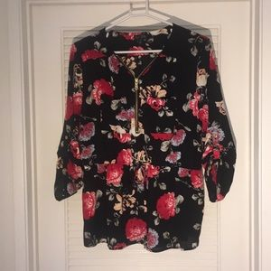 J for Justify Floral Top SZ XL 🌸